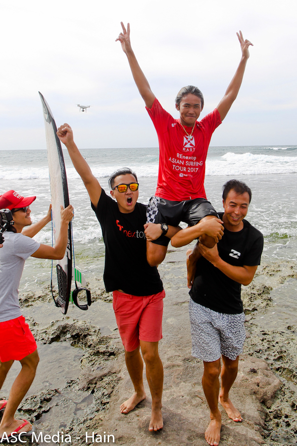 a0fc4adf565efa REnextop Asian Surfing Tour 2017 Crowns Champions and Event Winners ...