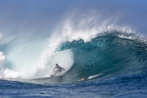 KELLY, JOHN JOHN AND JAMIE: THREE KINGS AT PIPELINE