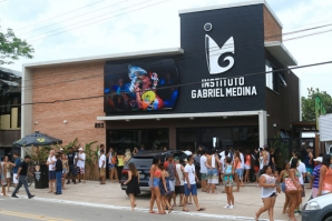 GABRIEL MEDINA OPENS HIS INSTITUTE OF SURF, THE FIRST OF ITS KIND