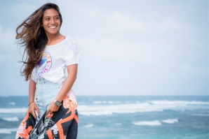 BALI'S PIONEERING GIRL SURFER, DIAH RAHAYU, RE-SIGNS WITH RIP CURL