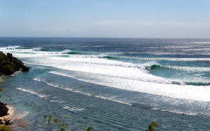 It's Official - Bali's Uluwatu will Complete Cancelled Western Australia CT Event
