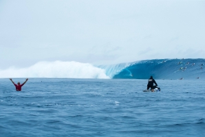 THE SWELL OF THE DECADE? - AT FIJI / TAVARUA 27 May 2018