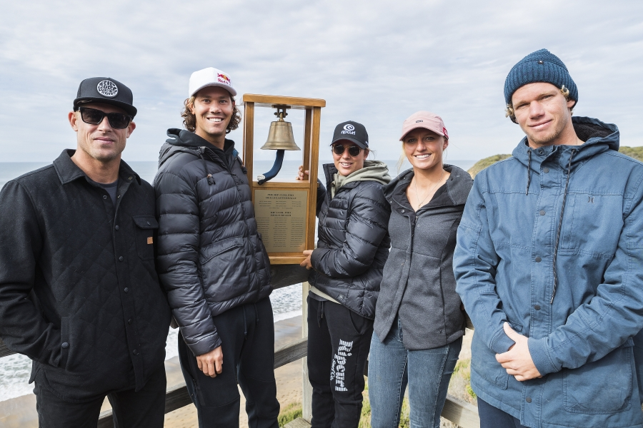 From right to left - Mick Fanning (AUS), Jordy Smith (ZAF), Tyler Wright (AUS), Lakey Peterson (USA), John John Florence (HAW) with the coveted Rip Curl Pro Bells Beach trophy.  Caption: © WSL /  Cestari