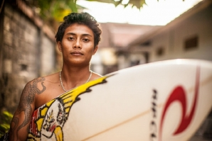 GARUT WIDIARTA RENEWS CONTRACT WITH RIP CURL