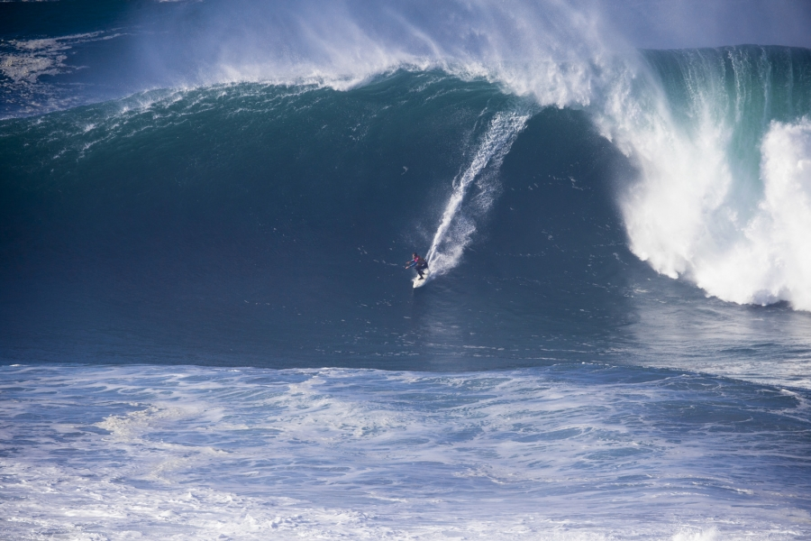 Carlos Burle(Bra) riding a big one