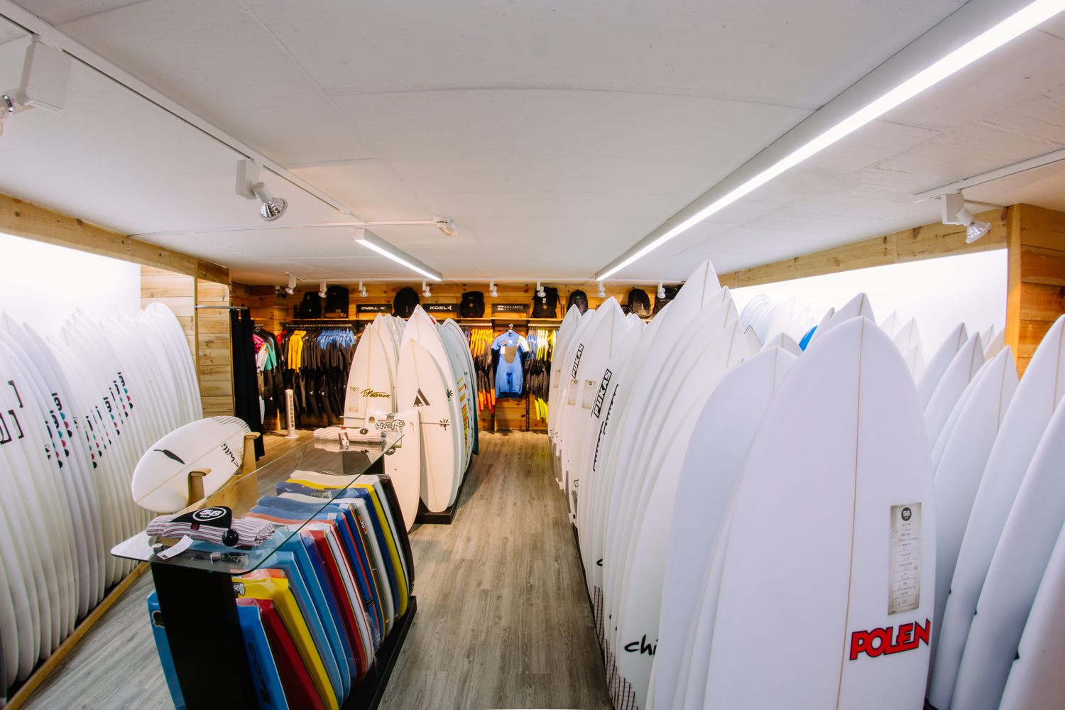 Click to enlarge image 58 Store - Ericeira.jpg