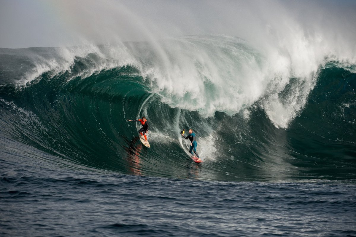 Click to enlarge image 1taj-burrow-and-mark-mathews-win-surf-photography.jpeg