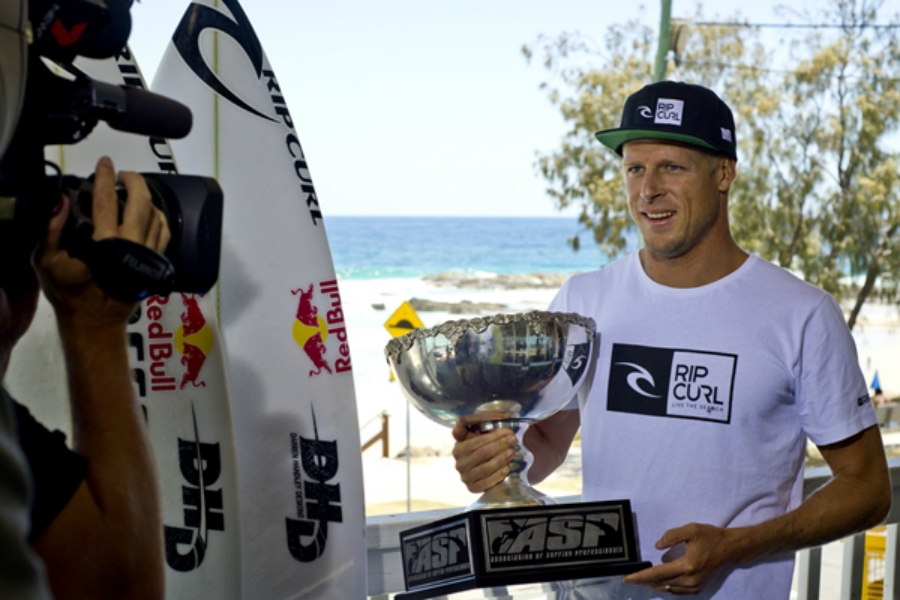 2013: O ANO DO SURF GLOBAL