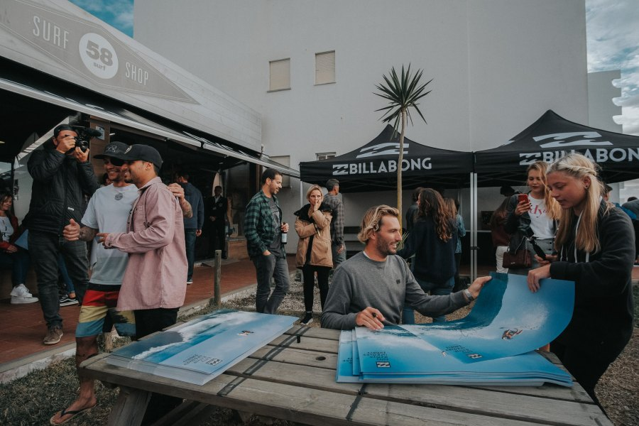 Surfistas da Billabong na 58 Surf Peniche