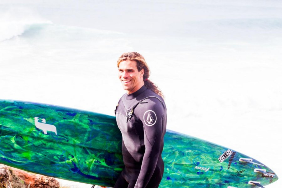 ALEX BOTELHO NOMEADO NO BIG WAVE AWARDS DA WSL