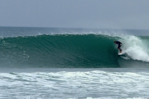 MICK FANNING WARM UP... SOMEWHERE IN PENICHE