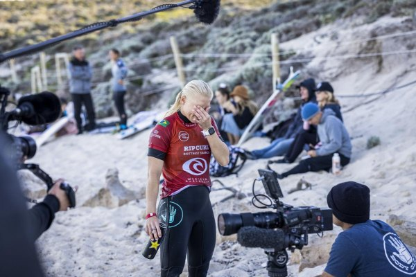 Tatiana Weston-Webb eliminada precocemente do Rip Curl Rottnest Search