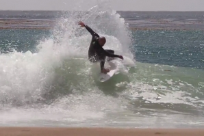 "DANE REYNOLDS E BOBBY MARTINEZ EM ""SUMMER SUCKS"""