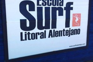 ESCOLA DE SURF DO LITORAL ALENTEJANO