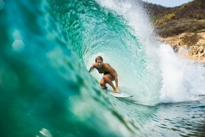 Stephanie Gilmore, a diva do surf moderno